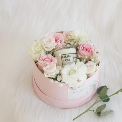 Eileen Gift Box
