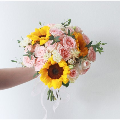 Elina Bridal Bouquet