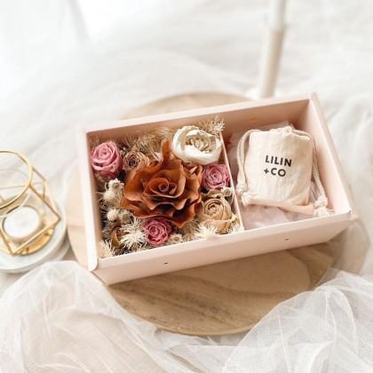 Oaklyn Preserved Flower Box