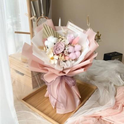 Liana Preserved Flower Bouquet