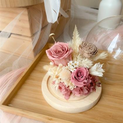 Mira Preserved Flower Globe