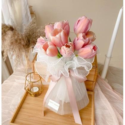 Apricot Tulip Bouquet