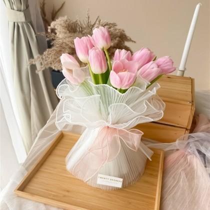 Annie Tulip Bouquet