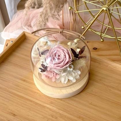 Selene Preserved Flower Globe